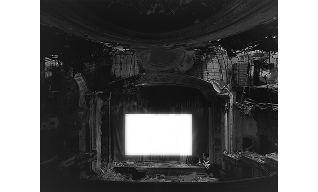 掲載用_Paramount Theater, Newark, 2015_M